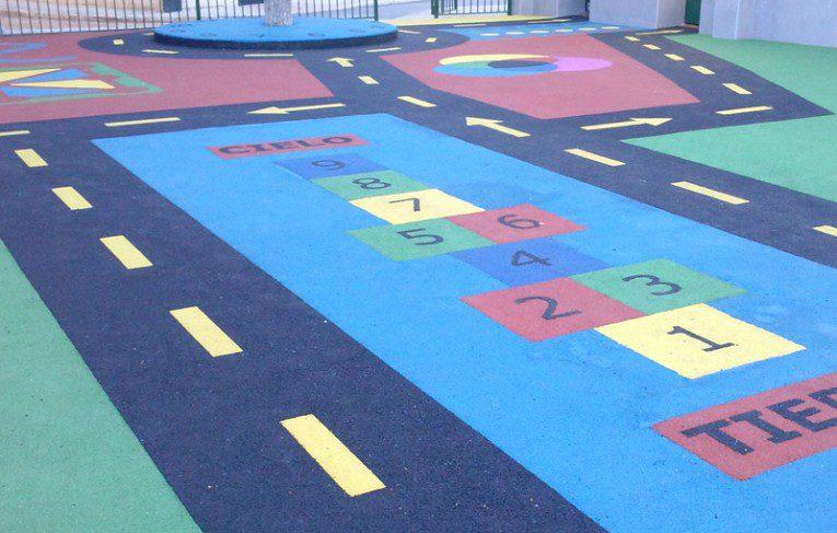 Construcción de parque infantil